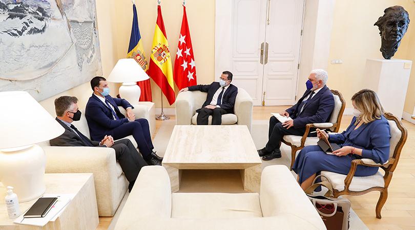 L'inici dels vols a Madrid centra les reunions de Gallardo amb el conseller d'Economia de la Comunidad de Madrid, amb representants de més de 40 empreses i amb els principals periodistes econòmics